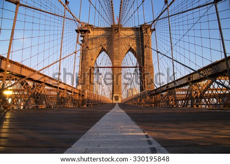 Brooklyn Bridge at sunrise, New York City