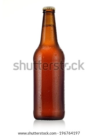 Brown beer bottle with drops