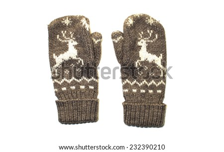 brown mittens with a picture of a deer
