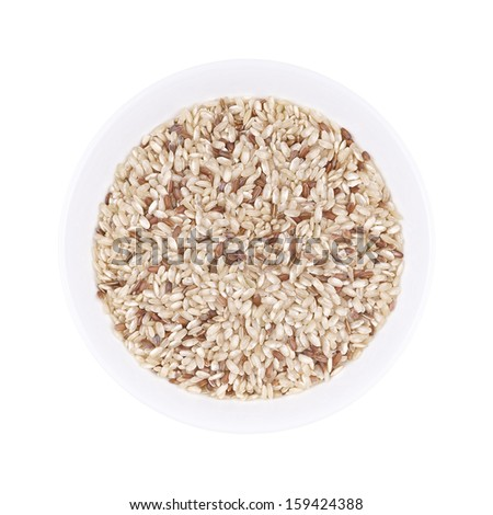 Brown rice in bowl