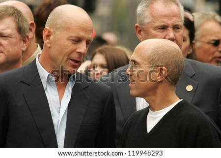 Bruce Willis and Jeffrey Katzenberg at the Ceremony honoring Bruce Willis with the 2,321st star on the Hollywood Walk of Fame. Hollywood Boulevard, Hollywood, CA. 10-16-06