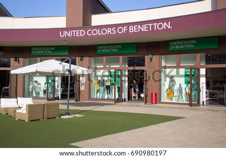 Benetton stock images royalty free images vectors for Benetton usa online shop