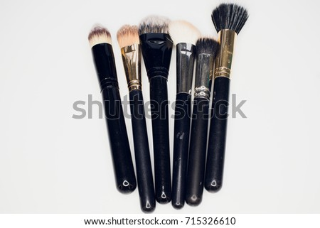 brush makeup cosmetic beauty paintbrush eyeshadow