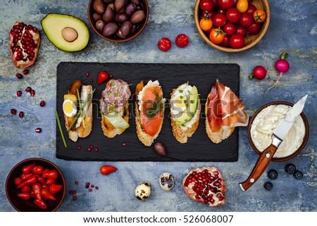 lunch table plate banque dimages dimages et dimages vectorielles libres de