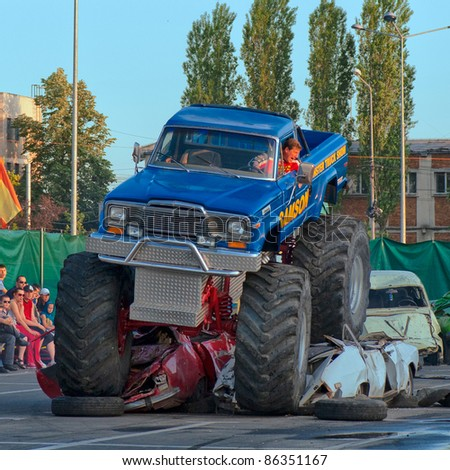 Monster Truck Show Stock Images Royalty Free Images Vectors