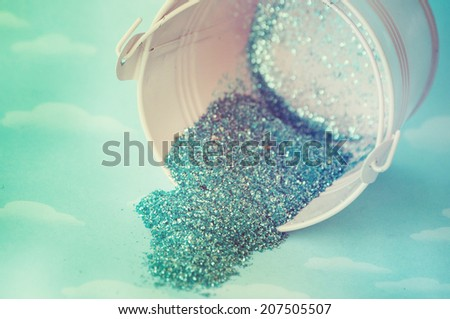 Bucket with glitter