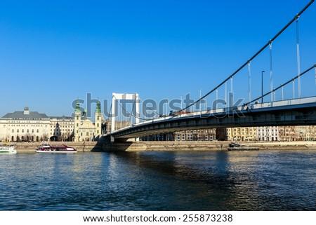 BUDAPEST, HUNGARY - Februar 15, 2015: Elisabeth Bridge (Hungarian: Erzsebet hid) is the third newest bridge of Budapest, Hungary, connecting Buda and Pest across the River Danube - stock photo