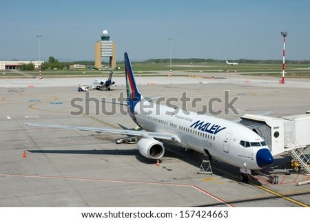 BUDAPEST, HUNGARY - MAY 02: Malev Hungarian Airlines Boeing 737 ground handling MAY,02 2009. Malev ceased all flying activity on 3 February 2012, after 66 years of service .