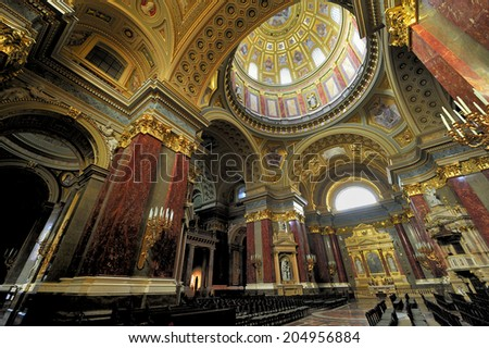 BUDAPEST, HUNGARY - October 29. 2008: Interior of St. Stephen's Basilica in Budapest, Hungary. Roman Catholic basilica, the third largest church building in present-day Hungary