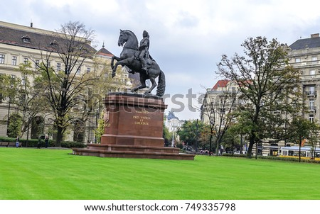 BUDAPEST, HUNGARY- 27 OCTOBER 2017: Monument of Francis II Rakoczi against the Hungarian Parliament.