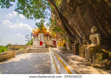 Buddha new and old lined up in the temple.   - stock photo