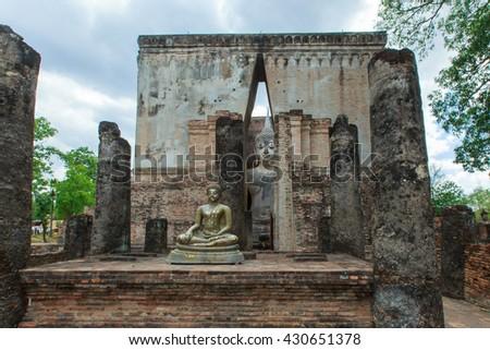 Buddha statue in Wat Si Chum at Sukhothai historical Park,Thailand - stock photo