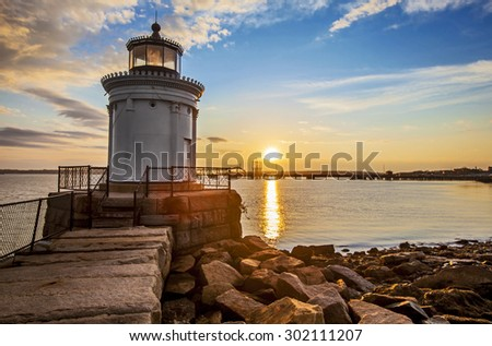 Bug Light Lighthouse in Portland Maine at sunrise