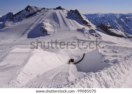 building snowpark in the Alps