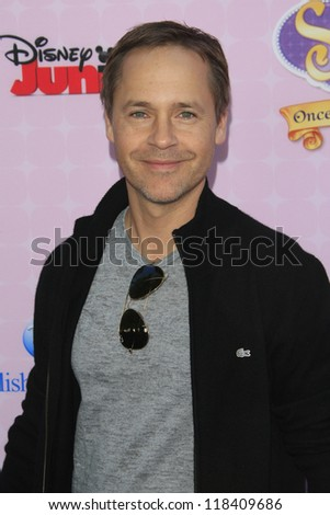 BURBANK - NOV 10: Chad Lowe at the premiere of Disney Channels' 'Sofia The First: Once Upon a Princess' at Walt Disney Studios on November 10, 2012 in Burbank, California