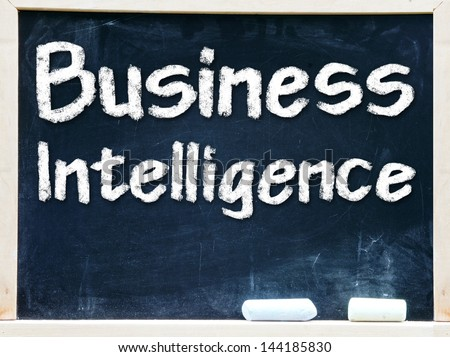 Business Intelligence handwritten with white chalk on a blackboard