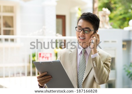 Businessman calling on the phone