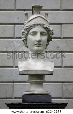 Bust of the Goddess Athena, Villa Melzi, Lago di Como, Italia - stock photo