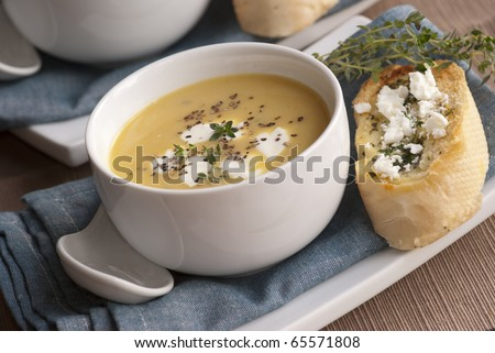 Butternut squash soup with garlic bread