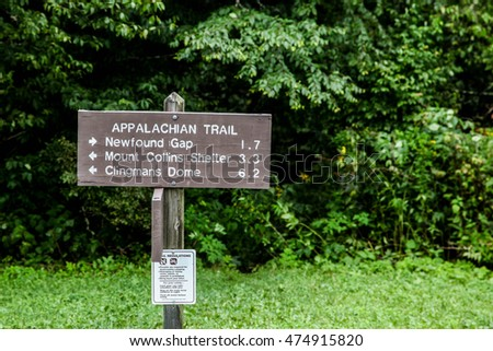CADES COVE-AUGUST 10:Sign near Newfound Gap in Great Smoky Mountains National Park, Tennessee, USA on August 10, 2016.