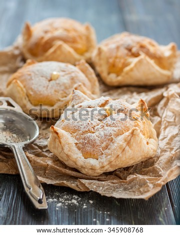 cake of puff pastry and choux pastry with custard