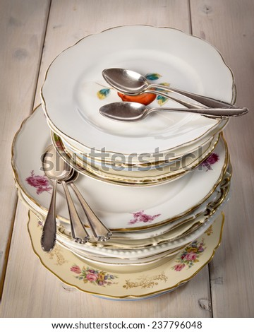 cake plate as a collection