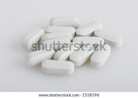 calcium tablets - stock photo