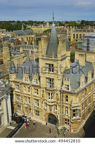 CAMBRIDGE, UNITED KINGDOM - AUGUST 27, 2016: The historic center of Cambridge, England. Cambridge is a university city and the county town of Cambridgeshire, north of London.