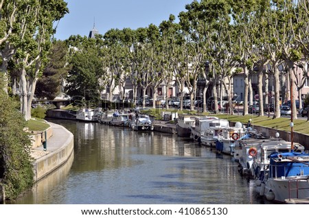 Canal of the Robine (canal de la Robine) at Narbonne, town located in the Aude department and the region Languedoc-Roussillon in the south of France - stock photo