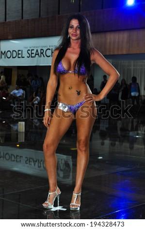 2003 cancun bikini contest