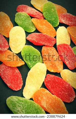 Candied dried pineapple slices