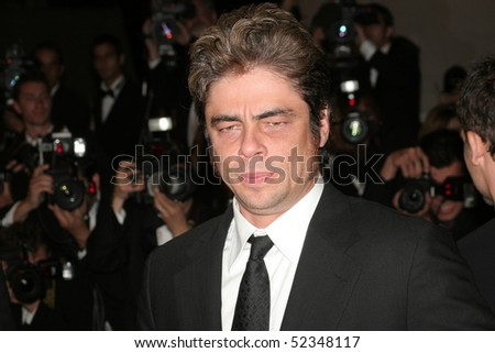 CANNES, FRANCE - MAY 21: Actor Benicio Del Toro attends the 'Che' premiere at the Palais des Festivals during the 61st International Cannes Film Festival on May 21, 2008 in Cannes, France.