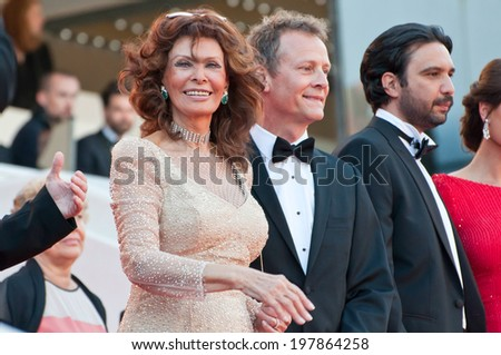 CANNES, FRANCE - MAY 20, 2014: Actress Sophia Loren at the 67th Annual Cannes Film Festival on May 20, 2014 in Cannes, France. - stock photo
