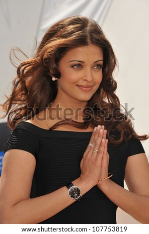 "CANNES, FRANCE - MAY 17, 2010: Aishwarya Rai Bachchan at photocall for her new movie ""Raavan"" at the 63rd Festival de Cannes."