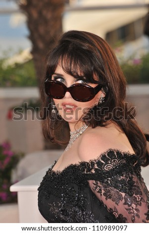 CANNES, FRANCE - MAY 24, 2009: Isabelle Adjani at the photocall for the award winners at the 62nd Festival de Cannes.