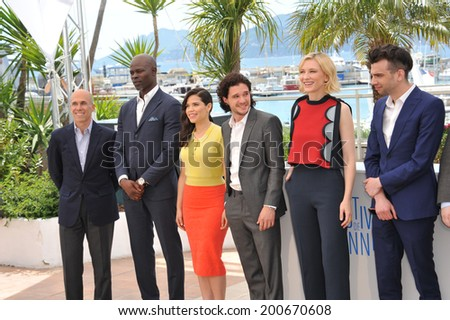 "CANNES, FRANCE - MAY 16, 2014: Jeffrey Katzenberg (left), Djimon Hounsou, America Ferrera, Kit Harington, Cate Blanchett & Jay Baruchel at photocall for ""How to Train Your Dragon 2"""
