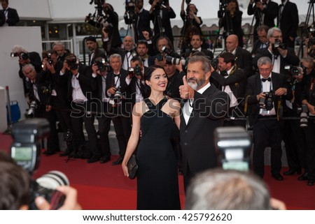 Cannes, France - 22 MAY 2016 - Mel Gibson and Rossalind Ross attend the closing ceremony of the 69th annual Cannes Film Festival