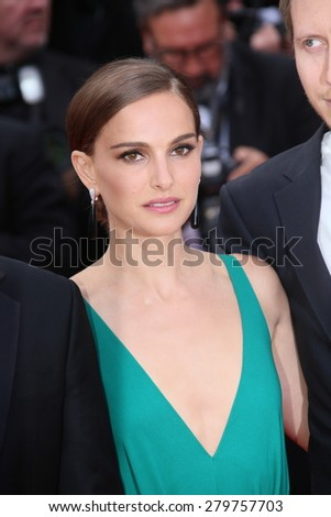 CANNES, FRANCE - MAY 19:  Natalie Portman attends the 'Sicario' premiere during the 68th annual Cannes Film Festival on May 19, 2015 in Cannes, France