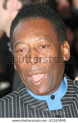 CANNES, FRANCE - MAY 18: Pele attends the screening of 'Peindre Ou Faire L'Amour' at the Palais during the 58th International Cannes Film Festival May 18, 2005 in Cannes, France