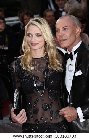 CANNES, FRANCE - MAY 19:  Sarah Marshall, Jean Claude Jitrois attend the 'Lawless' Premiere attends the 'Lawless' Premiere during the 65  Cannes  Festival at Palais on May 19, 2012 in Cannes, France.
