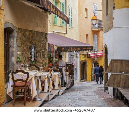 CANNES, FRANCE - NOVEMBER 3, 2014: Famous street cafe Da Bouttau