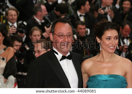 CANNES - MAY 25:Actor Jean Reno and wife actress Zofia Borucka arrives at the Palme d'Or Closing Ceremony at the Palais des Festivals during the 61st  Cannes Film Festival on May 25, 2008 in Cannes - stock photo