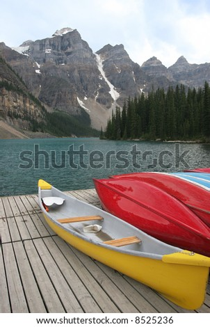 Canoes near Lake Moraine