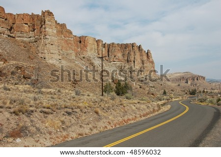 Canyon road in Oregon USA