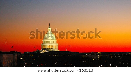 Capitol Building (@sunset)