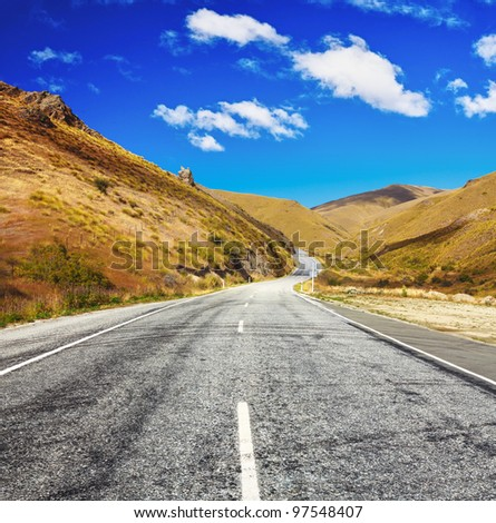 Cardrona valley road. New Zealand