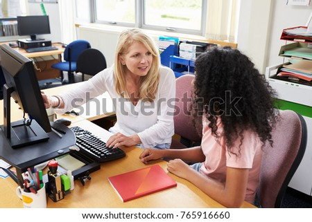 Careers Advisor Meeting Female College Student