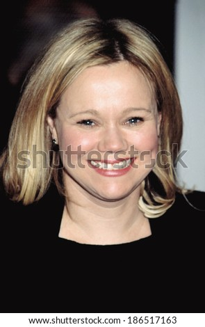 Caroline Rhea at the premiere of ANALYZE THAT, 12/2/2002, NYC