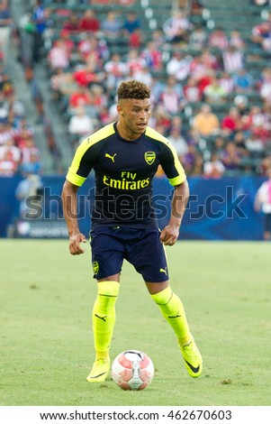 CARSON, CA - JULY 31: Alex Oxlade-Chamberlain in action during the friendly soccer game between Chivas Guadalajara and Arsenal on July 31st 2016 at the StubHub Center.