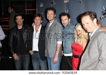 """Carson Daly, John de Mol, Blake Shelton, Adam Levine, Christina Aguilera and Mark Burnett  at NBC's """"The Voice"""" Press Conference, LA Center Studios, Los Angeles, CA. 03-15-11 - stock photo"""